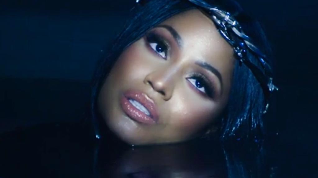 Nicki Minaj - Barbie Tingz (Video) | 16BARS.DE