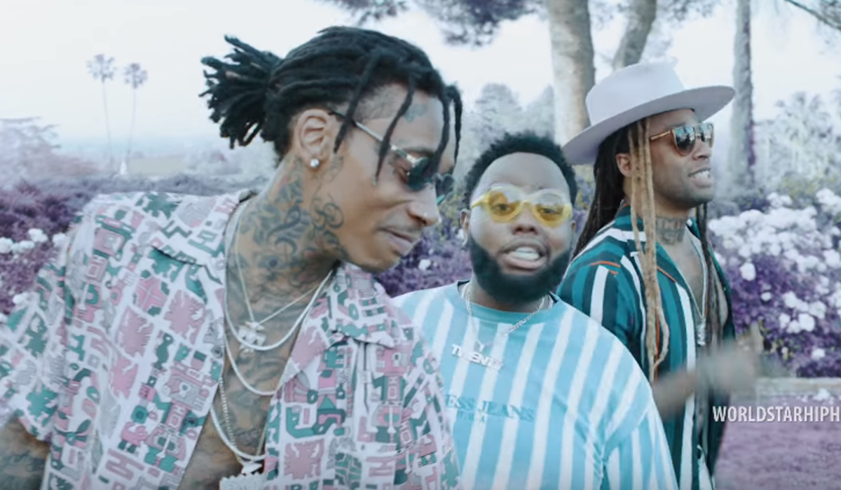 Wiz Khalifa - Captain (Video) | 16BARS.DE
