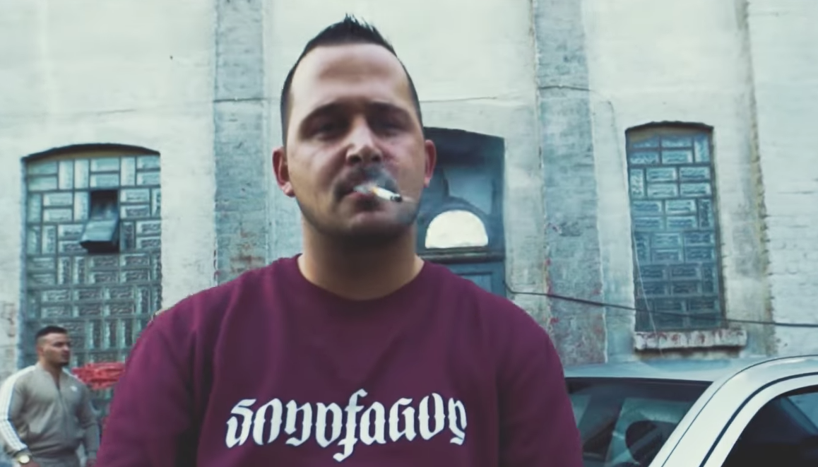 Cashmo - Flowz & Dope | 16BARS.DE