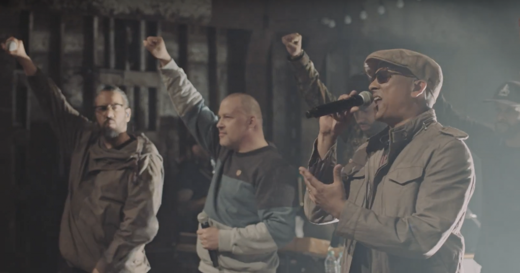 Video: Samy Deluxe feat. Torch, Xavier Naidoo, Afrob, Megaloh & Denyo - Adriano
