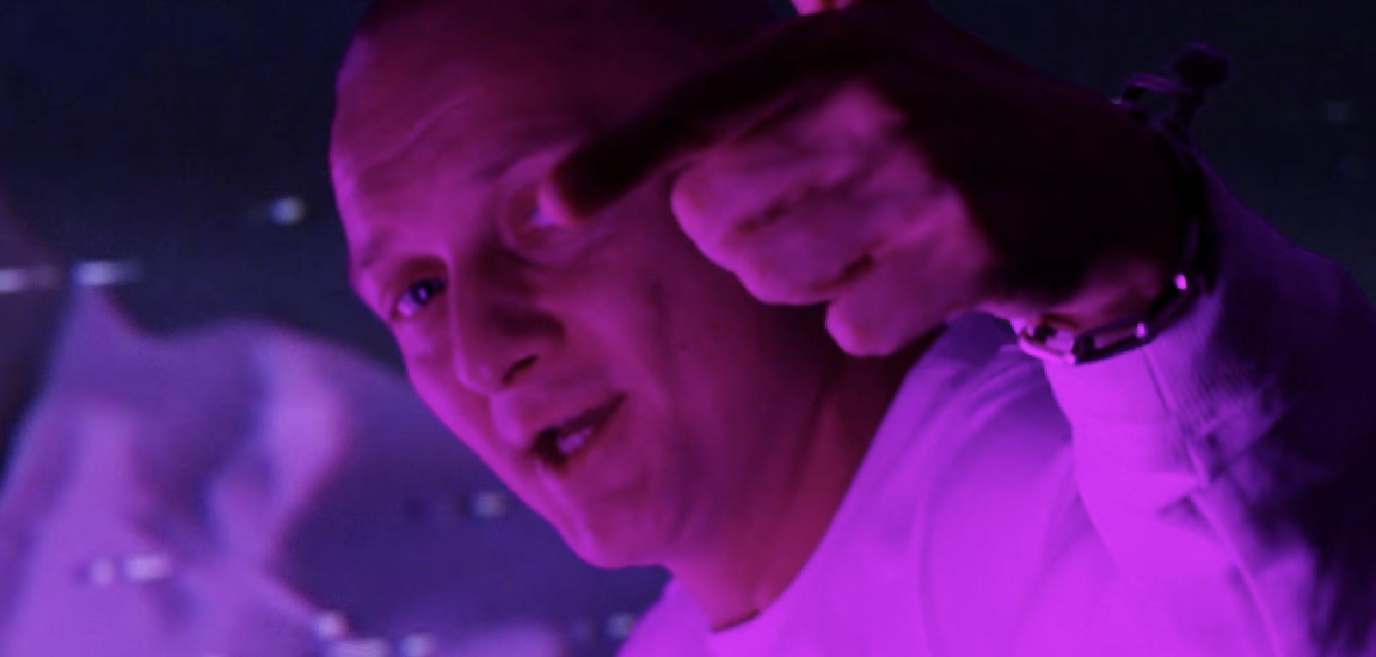Olexesh - Dopeman (Video) | 16BARS.DE