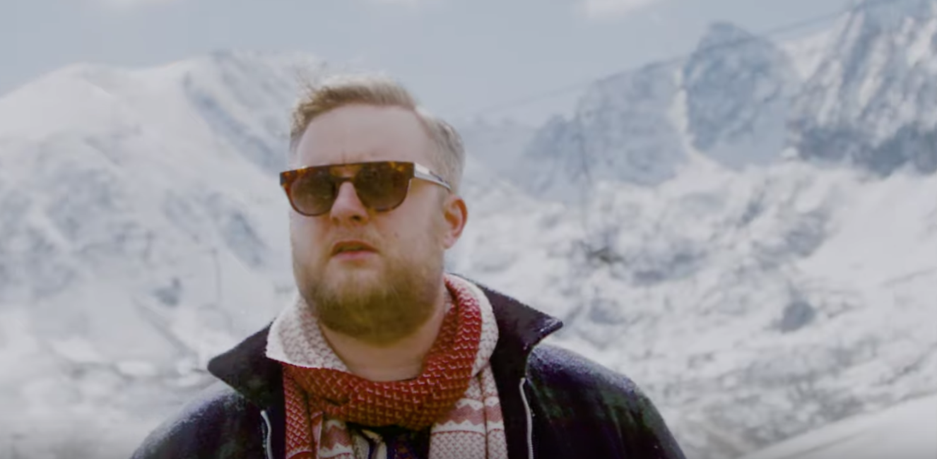 Fatoni feat. Dirk von Lowtzow - Alles zieht vorbei | 16BARS