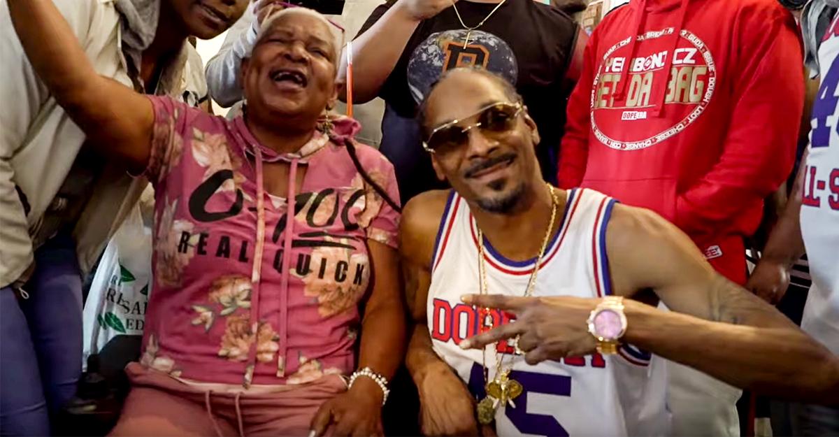 Snoop Dogg - I Wanna Thank Me   16BARS.DE