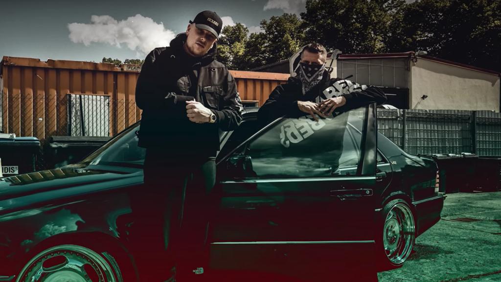 AK Ausserkontrolle und Bonez MC erreichen Platz eins der Charts